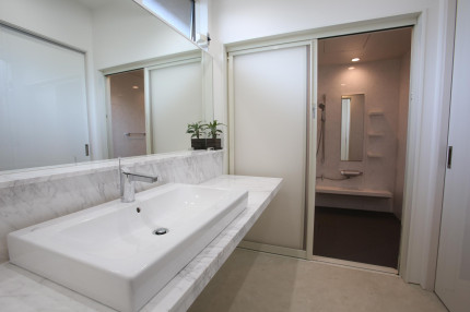 洗面バスルーム
